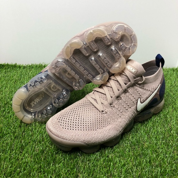 "04f4657f595 Nike Air Vapormax Flyknit 2 ""Diffused Taupe"""